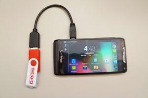 Гайд по подключению USB-флешки к Android и iOS смартфону