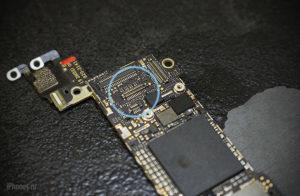Почему перестал работать сенсор на iPhone