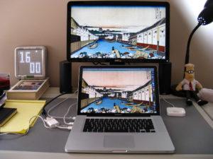 Подключаем внешний монитор к ноутбуку